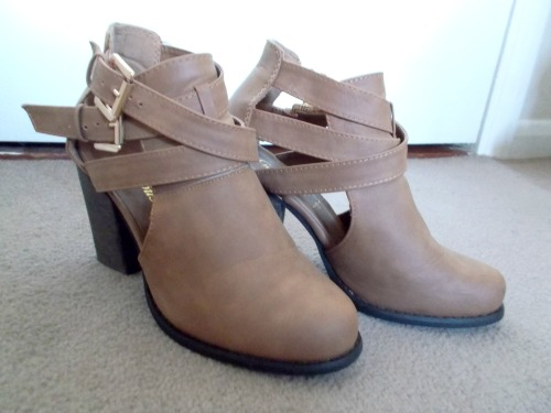 Crossed Straps Cut Out Ankle Boots